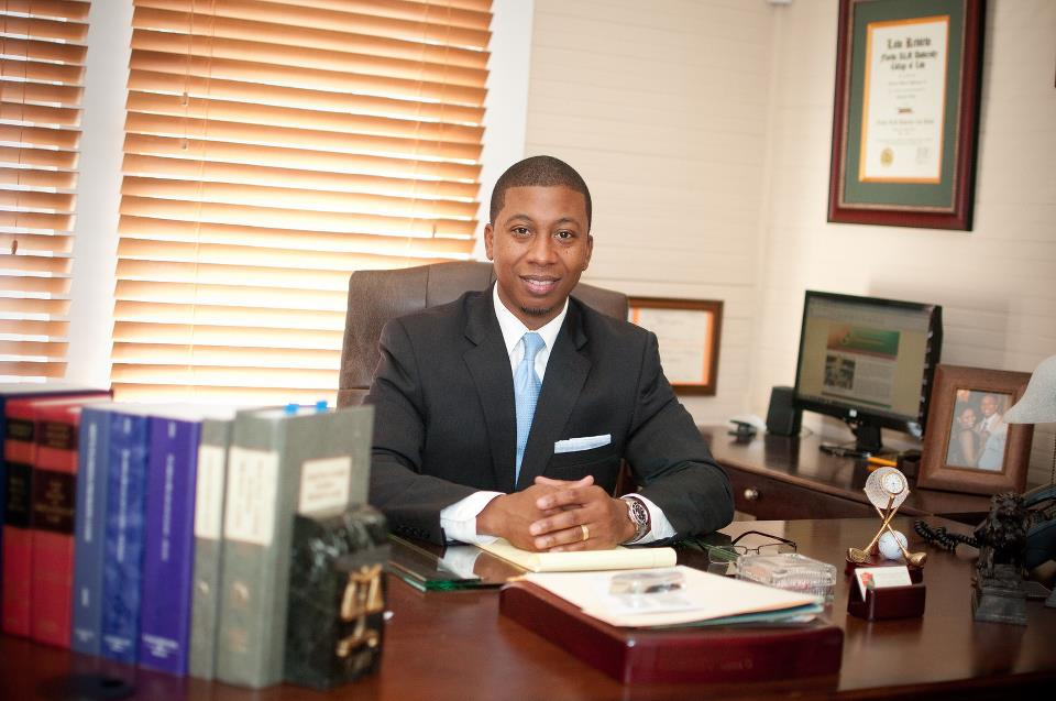 Charles M. Holloman II, PA - Tampa Bay Attorney - 24 Hour Attorney